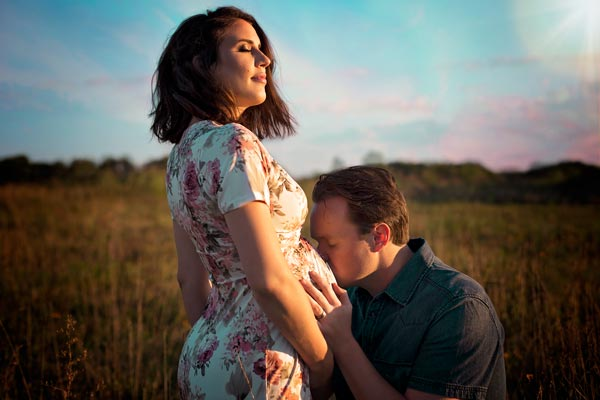 Gorgeous Sunset Maternity Photos