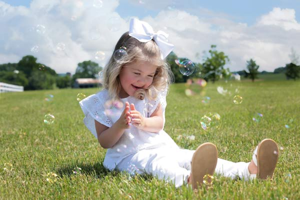 Family Photos with Bubbles in Franklin TN by Moments by T